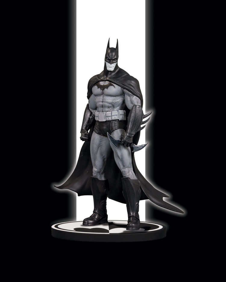 BATMAN BLACK & WHITE STATUE: BATMAN ARKHAM ASYLUM