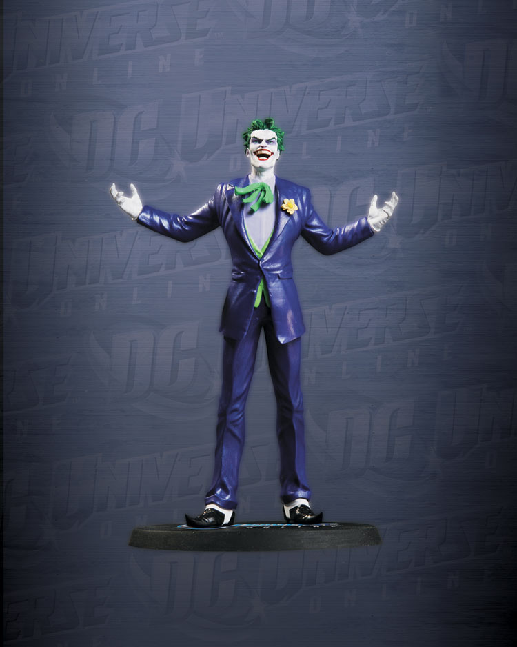 DC UNIVERSE ONLINE STATUE: THE JOKER