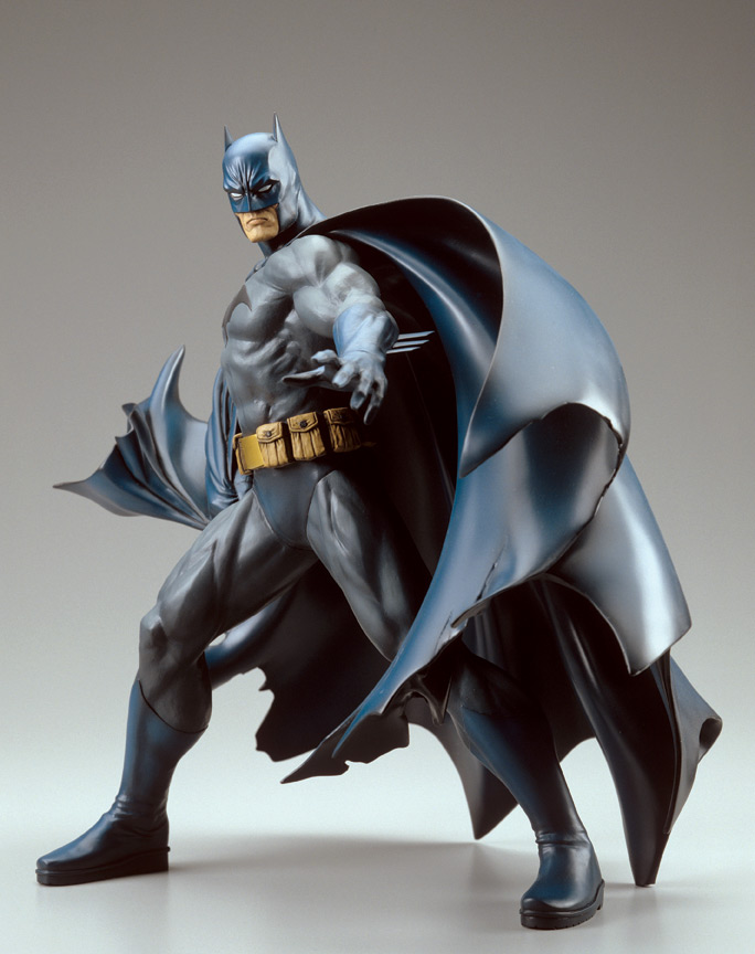 BATMAN VINYL STATUE