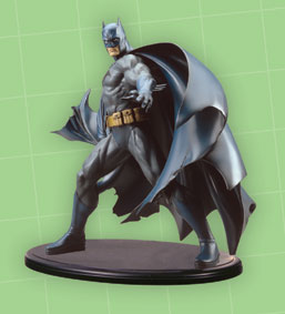BATMAN DELUXE VINYL STATUE BY KOTOBUKIYA
