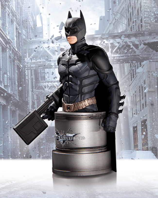 BATMAN WITH EMP RIFLE