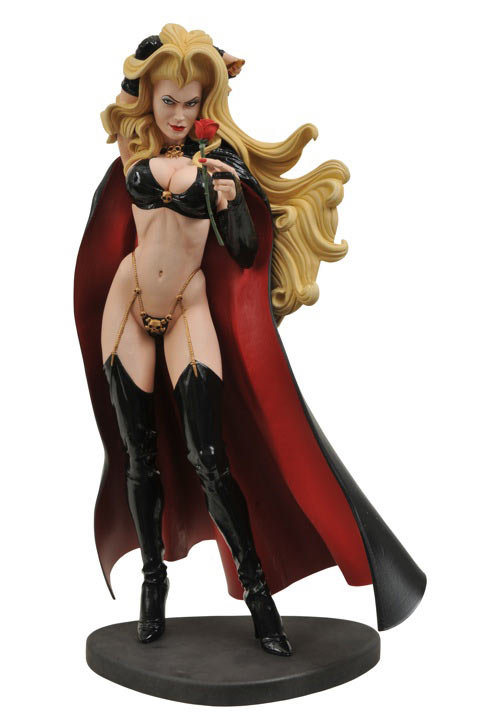 lady death statue