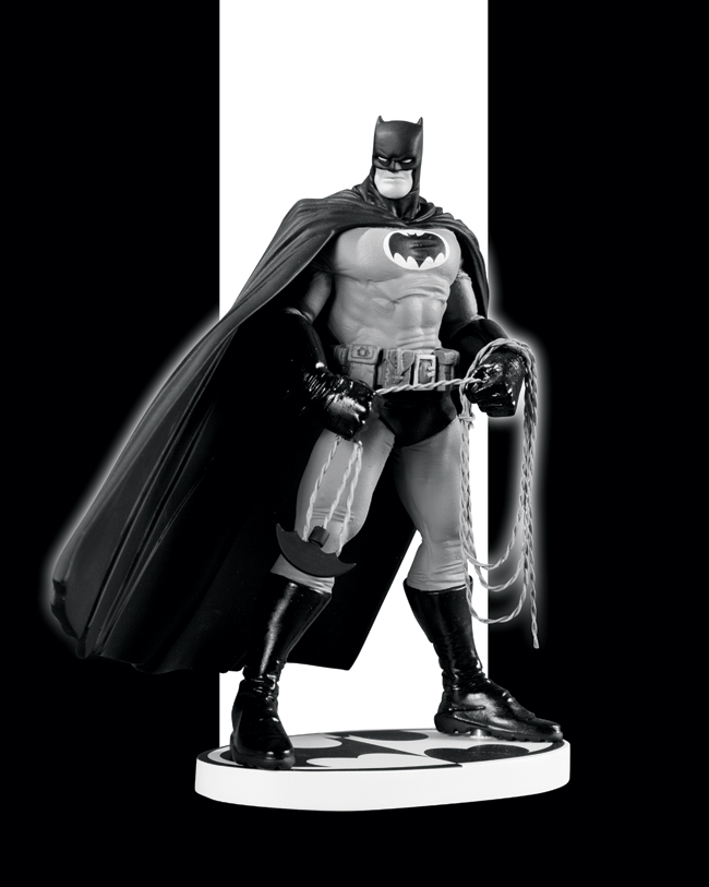 BATMAN BLACK AND WHITE STATUE BY FRANK MILLER (SECOND EDITION)